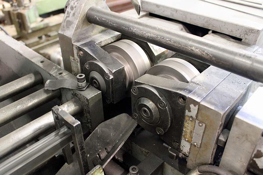 PMC model PM-3S thread rolling machine – Newmac Equipment