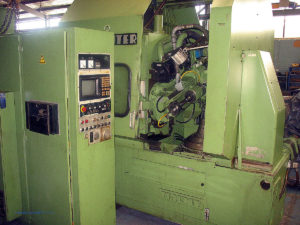 used-pfauter-pa320-cnc-gear-hobbing-machine-aa